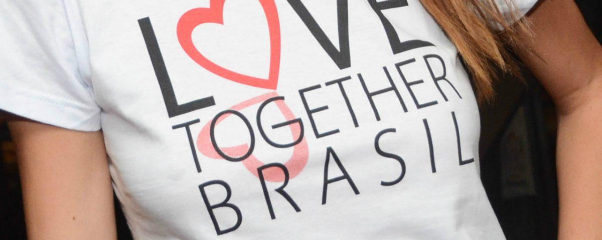 Love_abre